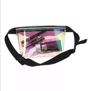 Handbags - New Item✨ Clear Holographic Fanny Pack 💕